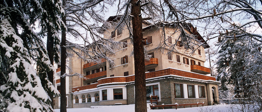 italy_bardonecchia_hotel-des-geneys_exterior.jpg